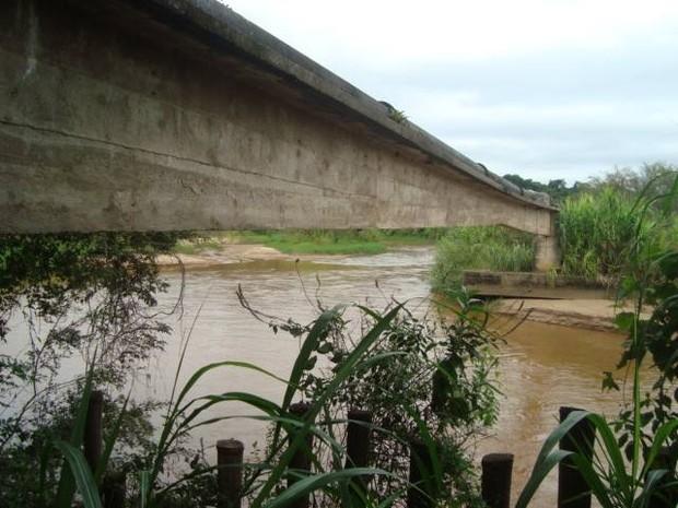 Saae irá fazer captação do Rio Jacaré em Oliveira (Foto: Rômer Castanheira/Divulgação)