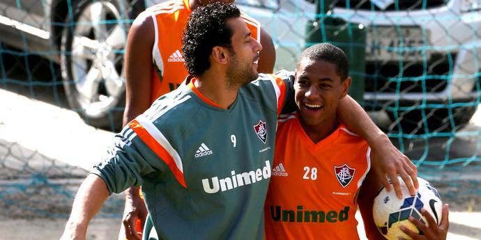 Fred e Robert fluminense treino (Foto: Marcos Tristão / Agência O Globo )