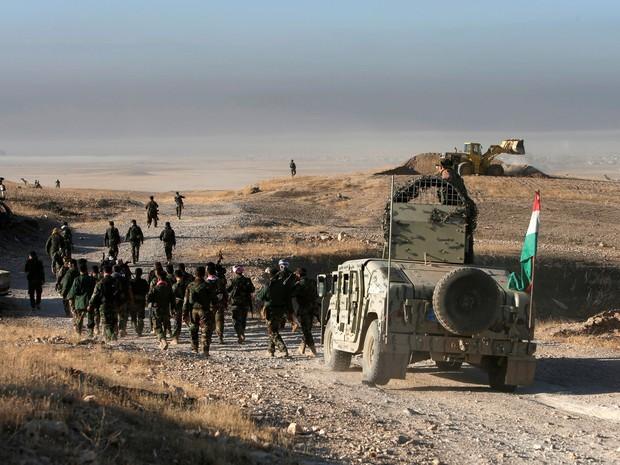 Forças curdas avançam a partir do leste em direção a Mosul (Foto: Reuters/Azad Lashkari)