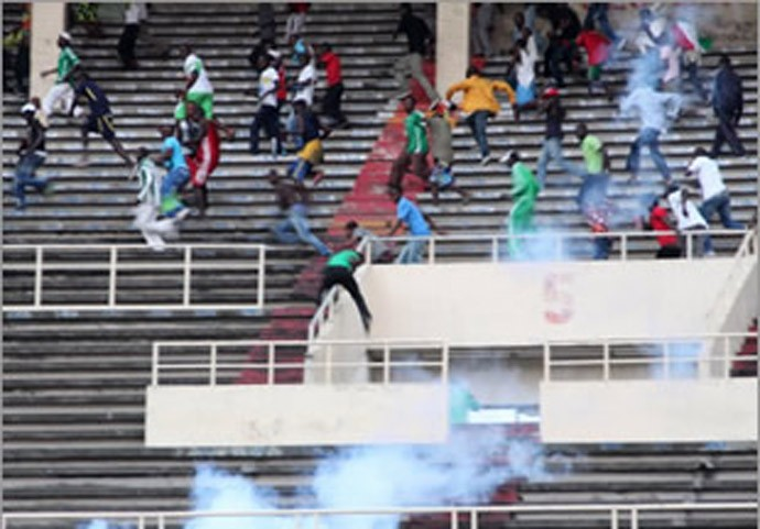 Confusão jogo Mazembe (Foto: Media Congo)