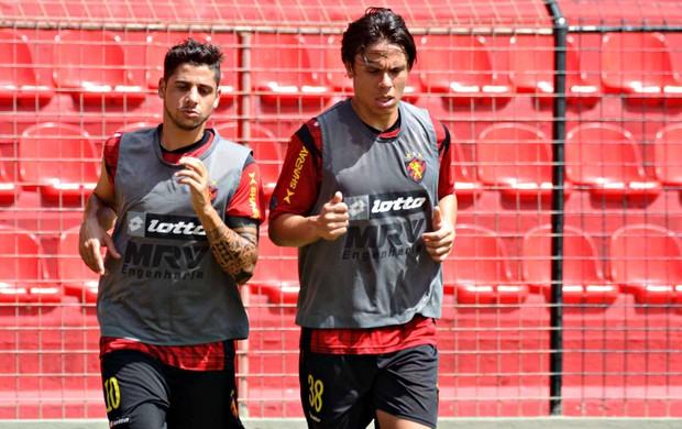 Cicinho - Renan Teixeira - Sport (Foto: Aldo Carneiro/Pernambuco Press)