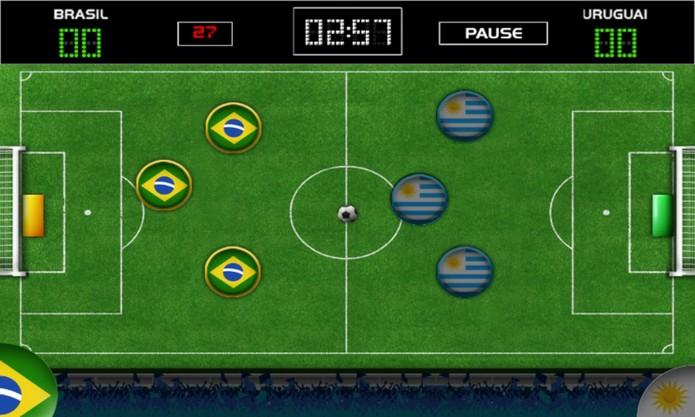 Jogo de Botão traz a brincadeira de infância para a tela do seu Windows Phone (Foto: Reprodução/Elson de Souza)