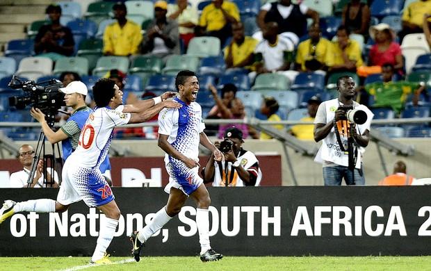 Platini comemora gol de Cabo Verde contra o Marrocos (Foto: AFP)