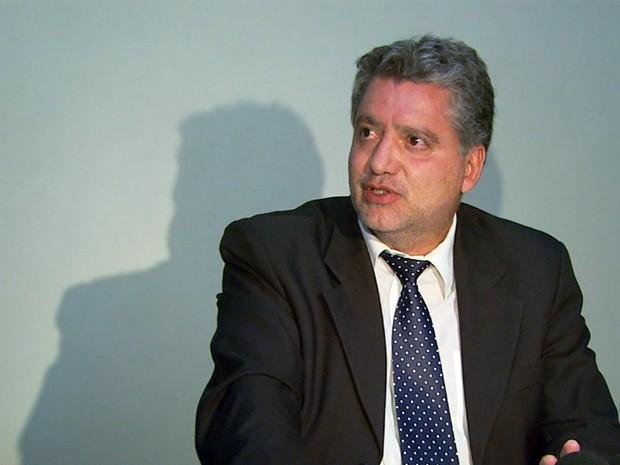 Juiz Narciso Alvarenga Monteiro de Castro fala sobre reabertura de inquérito. (Foto: Reprodução EPTV / Michel Diogo)