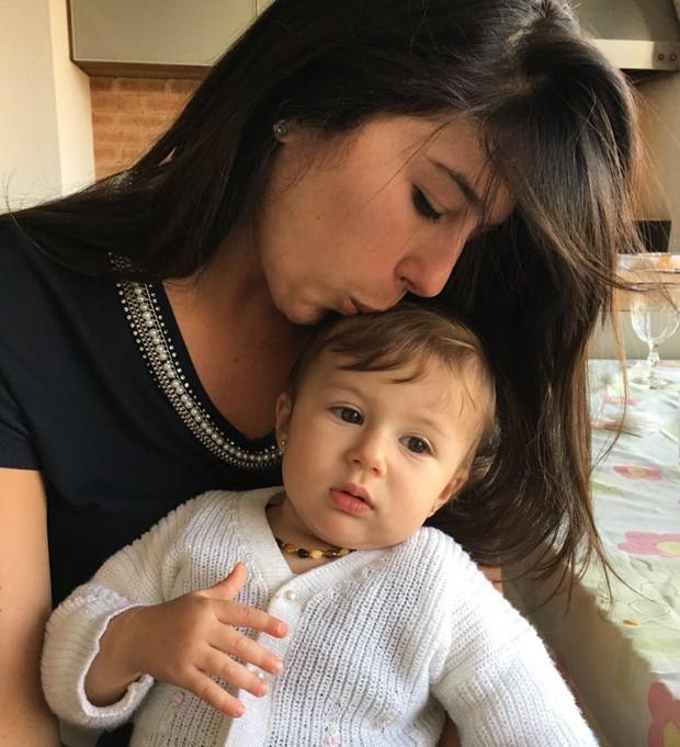 Roberta com a filha Bianca, de um ano (Foto: Arquivo pessoal)