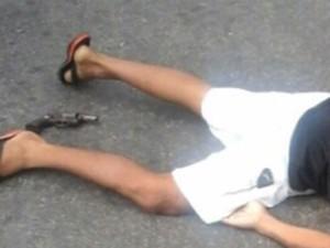 PM reage a tentativa de assalto e mata suspeito, no Recife (Foto: Reprodução / Whatsapp)