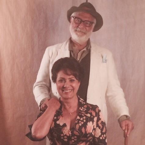 Antonio Fagundes e Eliane Giardini caracterizados para 'Dois irmãos' (Foto: Reprodução)