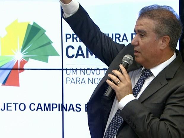 Jonas defende legalidade nas contratações de comissionados, em Campinas (Foto: Reprodução / EPTV)