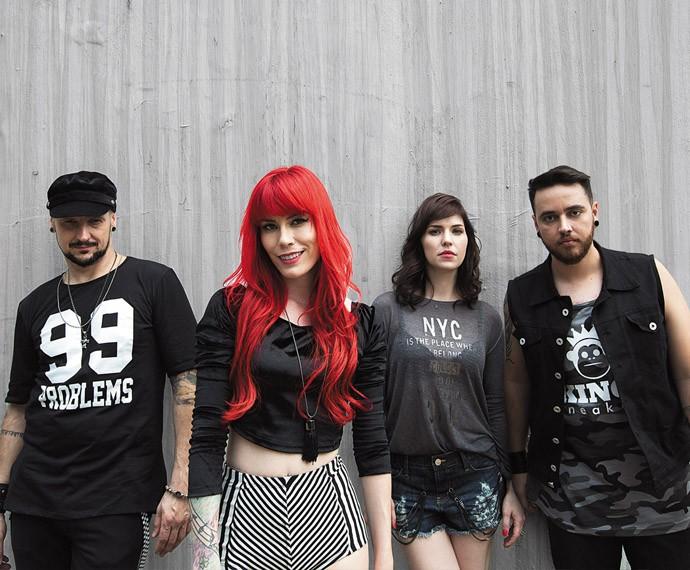 Move Over se apresenta pelo país com a turnê 'Elemento Surpresa' (Foto: Divulgação)