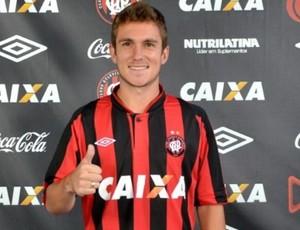 Bady, meia do Atlético-PR (Foto: Site oficial do Atlético-PR/Divulgação)