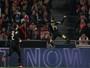Mertens brilha, Napoli bate Benfica em Lisboa e garante primeira posição
