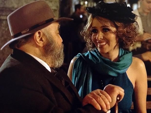 Zarolha diz que aceita ser esposa de Manoel (Foto: Gabriela / TV Globo)