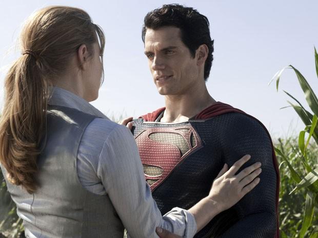 Lois Lane (Amy Adams) e Superman (Henry Cavill) em cena de 'O homem de aço' (Foto: Divulgação)