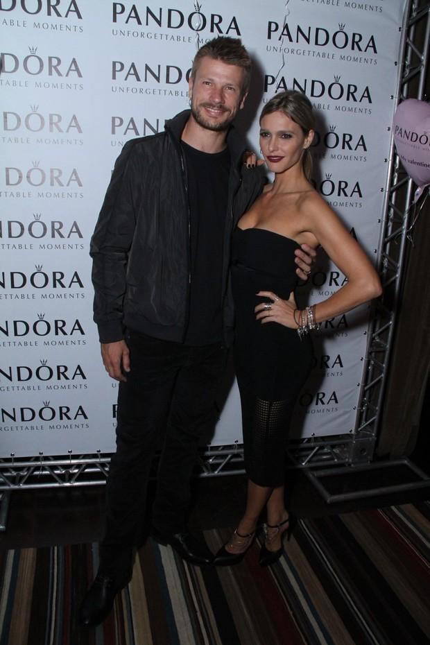 Rodrigo Hilbert e Fernanda Lima (Foto: Thyago Andrade/Foto Rio News)
