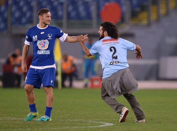 Totti Jogo pela Paz (Foto: AFP)