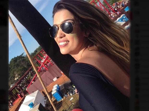 Bruna Mendes de Paes, que é ex-tenista, era passageira de um carro que bateu em um caminhão carregado de cana (Foto: Reprodução/ Facebook)