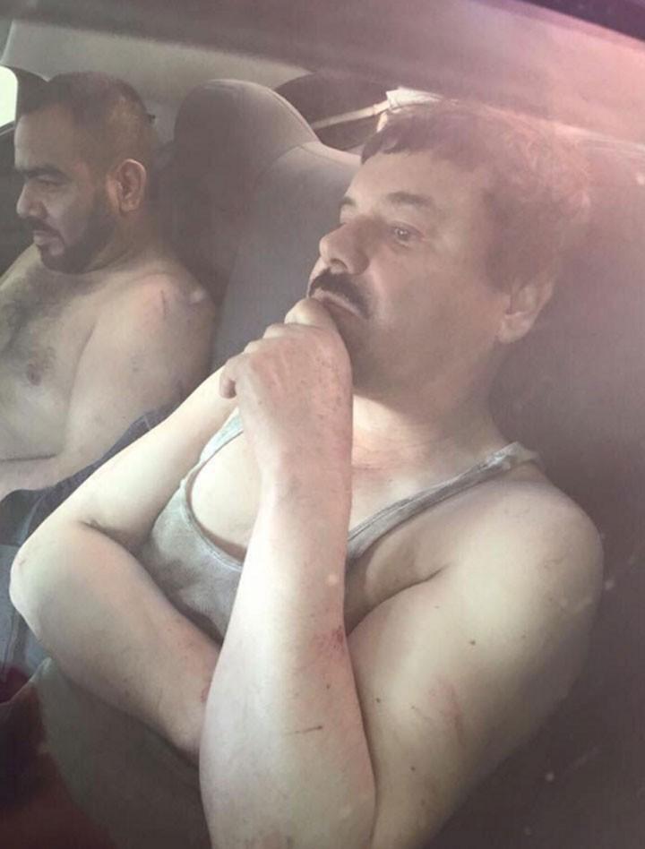Imagem que começou a circular no Twitter mostra o que seria El Chapo após ser detido (Foto: Reprodução/Twitter)