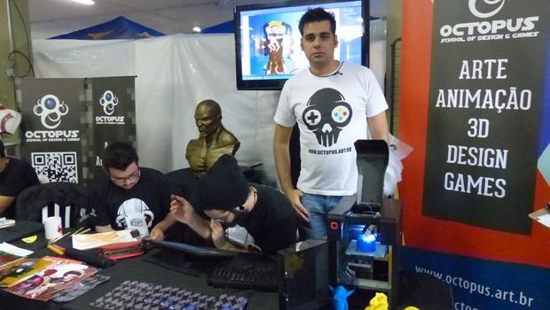 Victor criou uma escola de design, em Curitiba (Foto: Divulgação/RPC TV)