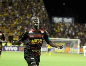 Tobi, Sport e Ponte preta (Foto: Aldo Carneiro/Pernambuco Press)