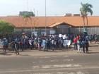 Escola no AP pede segurança em protesto após 6º roubo em 2 meses