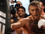 """""""Se usarmos luvas de 8 onças, Floyd não vai durar dois rounds"""", diz Conor"""
