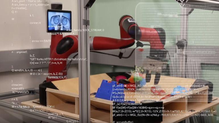 Robô em seu processo de aprendizado autônomo. (Foto: Reprodução / Youtube)
