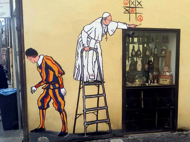 Mural mostrava papa Francisco em escada brincando de jogo da velha (Foto: Reuters)