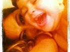 Juliana Paes brinca com o filho: 'Que delícia!'