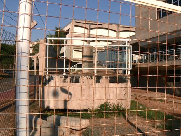 Obra não finalizada dentro do campus Campinas da Unicamp (Foto: Reprodução EPTV)