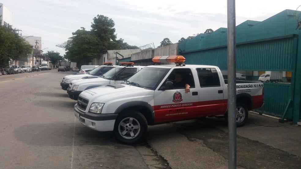 Operação em empresa contra sonegação de impostos (Foto: Isabela Leita/GloboNews)