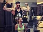 É o Hulk? Adriana ex-BBB posa com novo personal trainer