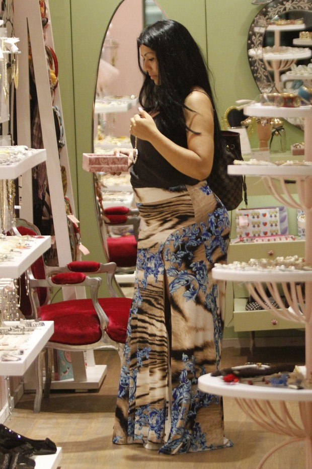 mulher moranguinho (Foto: Marcos Ferreira / photo rio news)
