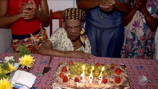 Idosa na Bahia tem primeira festa de aniversário da vida aos 109 anos
