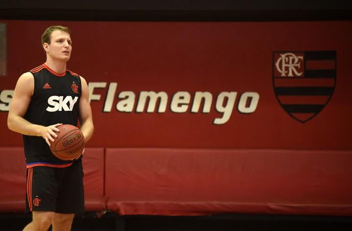 Rafael Luz Flamengo basquete treino (Foto: André Durão)