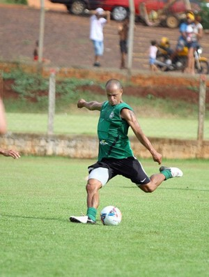 Julio César durante o treino do Coritiba (Foto: Divulgação / Site oficial do Coritiba)