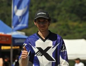 O biker Emerson Heitor na Copa Brasil de Downhill (Foto: Divulgação)