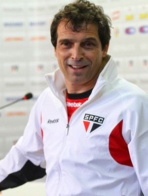 Milton Cruz, interino do São Paulo (Foto: João Neto/VIPCOMM)