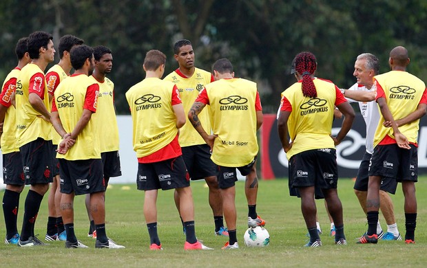 Dorival Junior no treino do Flamengo (Foto: Jorge William / Ag. O Globo)