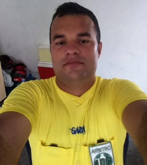 Alex Faustino  árbitro amador (Foto: Arquivo / pessoal)