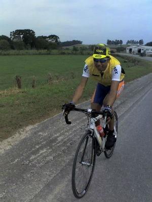 Léo Thiago Ferreira é praticante do cicloturismo (Foto: Arquivo pessoal)
