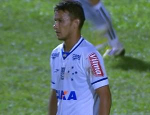 Henrique, volante do Cruzeiro (Foto: Reprodução/ Premiere)