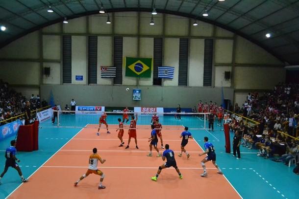 São José e Sesi-SP jogam pela semifinal do Paulista (Foto: São José Vôlei/ Divulgação)