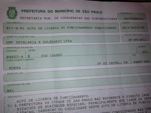 Licença de funcionamento condicionado concedida ao Bahamas Club (Foto: Marcelo Mora/G1)