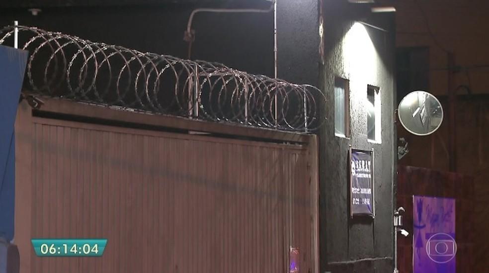 Empresa de segurança foi alvo de assalto nesta segunda (1º) (Foto: Reprodução/TVGlobo)