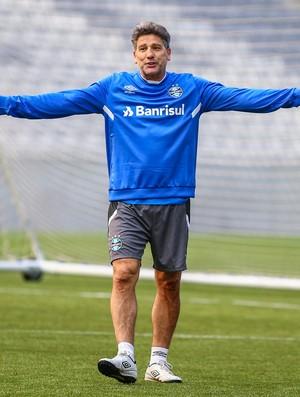 Renato em treino do Grêmio na Arena da Baixada