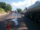 Óleo é jogado em rodovia do RS para tentar impedir entrega de combustível