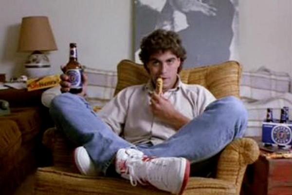 George Clooney em 'O Ataque dos Tomates Assassinos' (1978) (Foto: Divulgação)