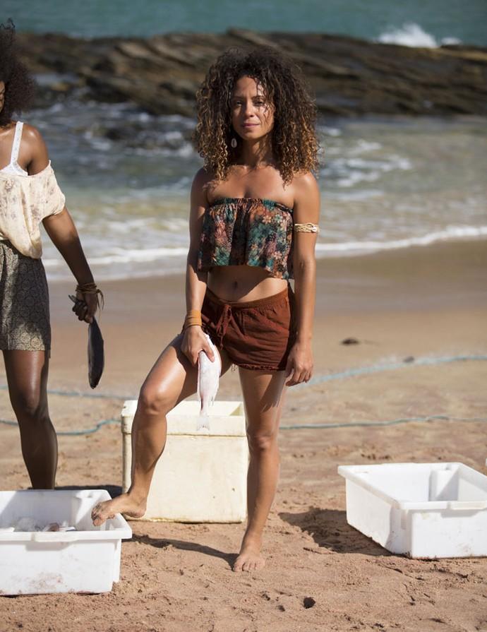 Segundo Cinara, sua personagem é 'uma atleta do ofício dela' (Foto: Lydio Cerqueira/Gshow)