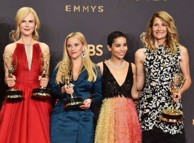 Nicole Kidman, Reese Witherspoon, Zoë Kravitz e Laura Dern posam no Emmy (Foto: Getty Images)