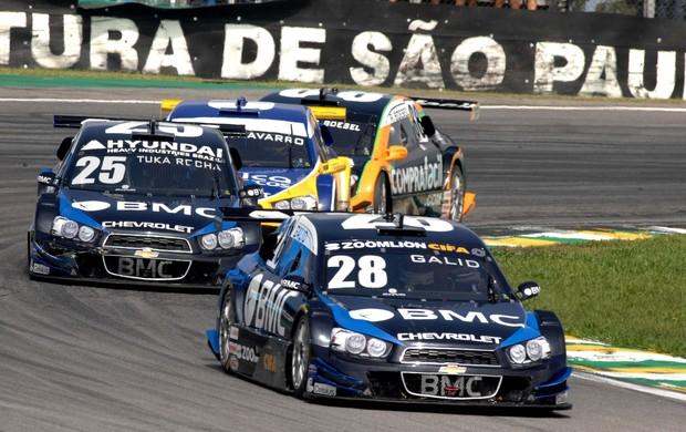 Stock Car - Galid Osman guia o carro 28 da FTS em Interlagos (Foto: Miguel Costa Jr./ divulgação)